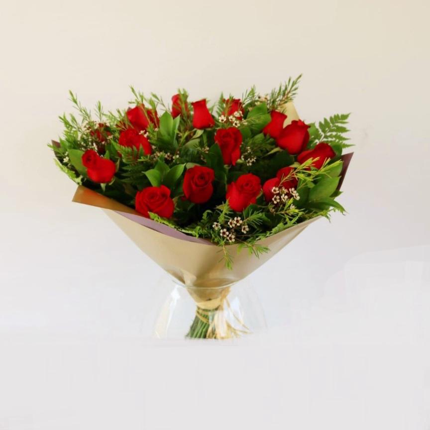 ורדים באדום
